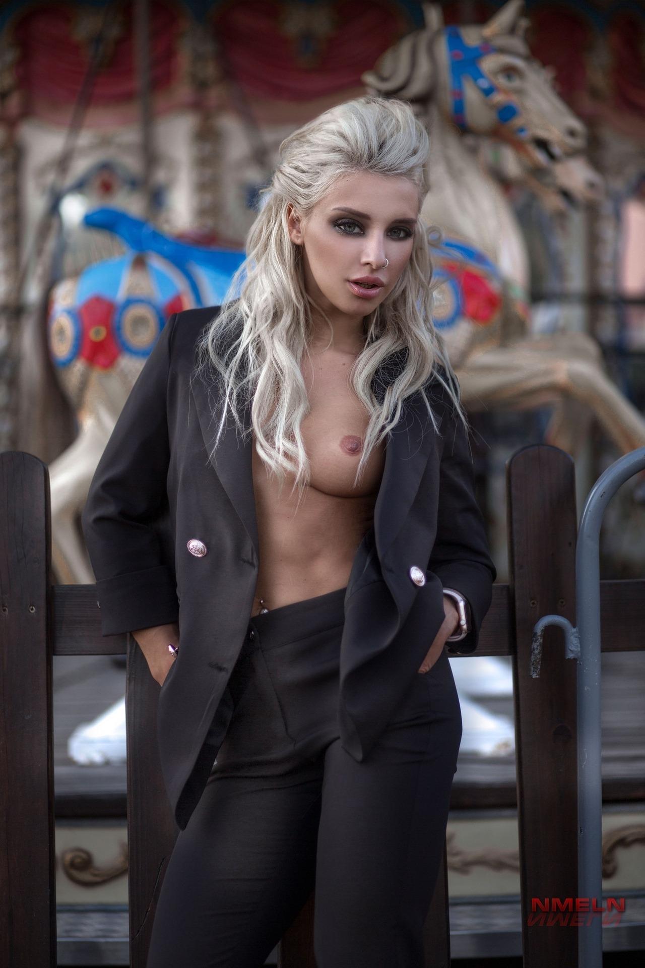 Yulia Menavenskova