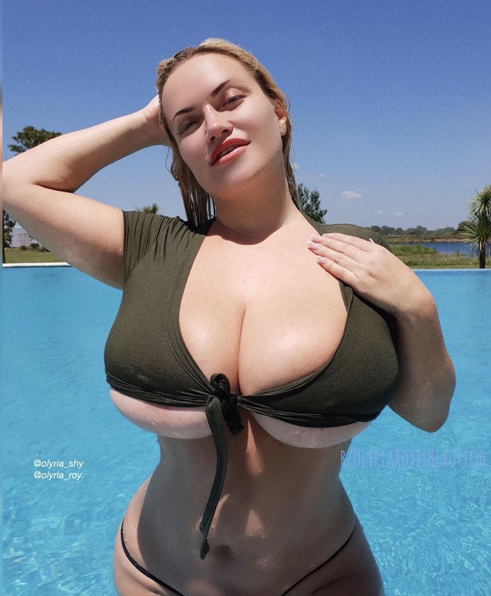Hot 🔥