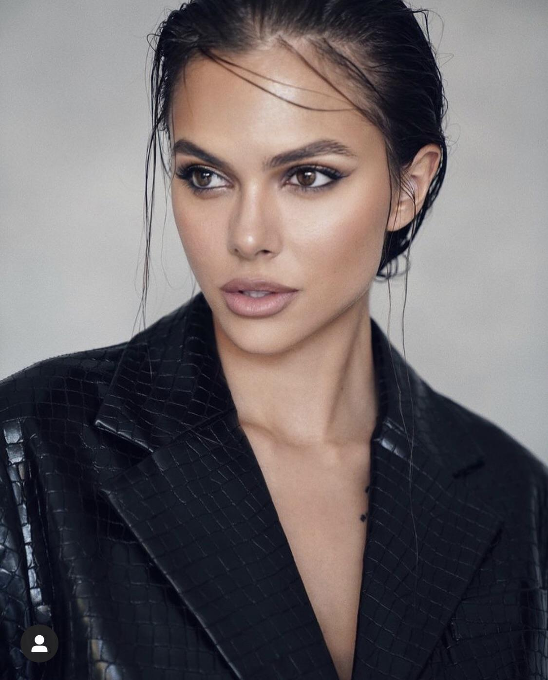 Viki's Profile Pic