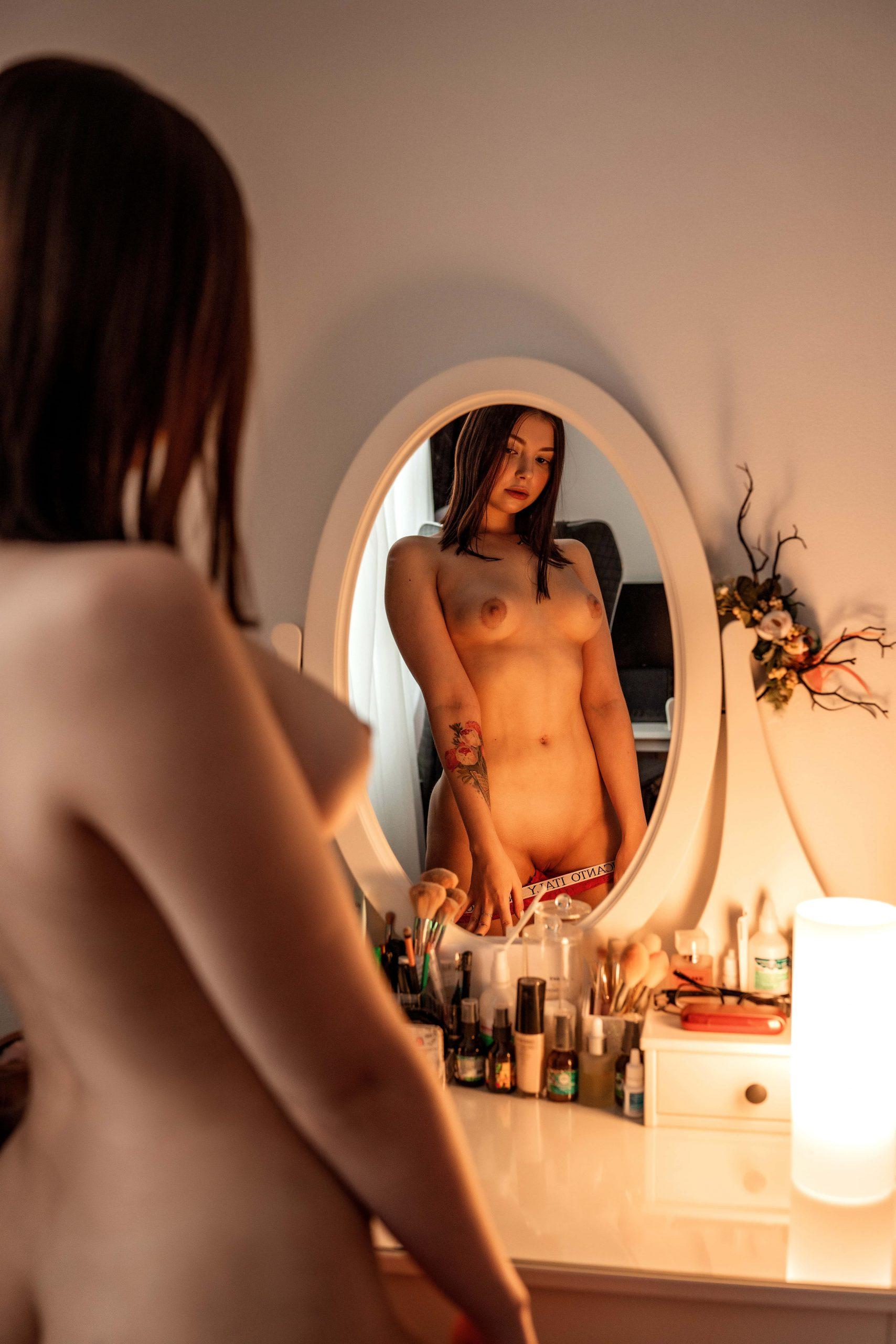Taking Advantage Of My New Mirror