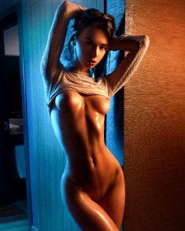Anna Tsaralunga 13 @tsara.lunga