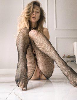 Anna Tsaralunga 18 @tsara.lunga