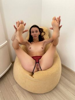 Good Pose For Fuck ?