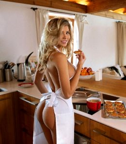 Natalya Krasavina In The Kitchen