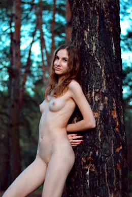 Nude Version Of Thumbelina, 90 Lbs